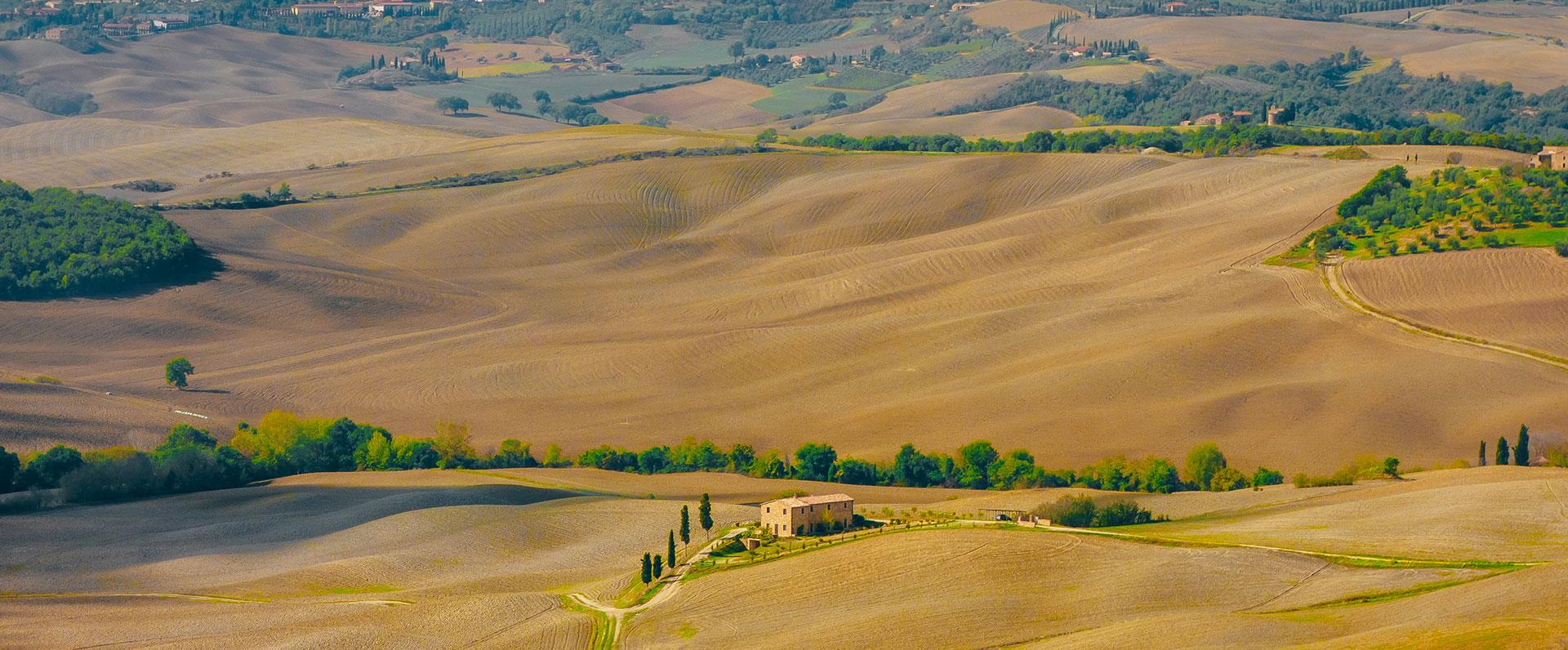 montepulciano countryside walk